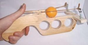 kak-sdelat-igruchku-pistolet6