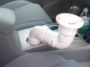 stolik-v-avtomobil-svoimi-rukami-3-300x2