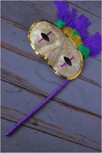 karnavalnaya-maska-svoimi-rukami-foto