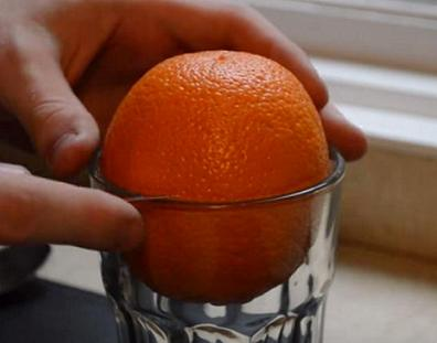 svecha-iz-apelsina-svoimi-rukami-1