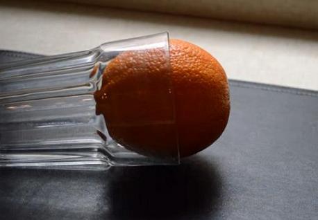 svecha-iz-apelsina-svoimi-rukami